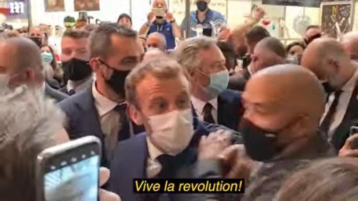 Presiden Perancis Emmanuel Macron Dilempar Telur Pendukungnya: Tolong Panggil Dia