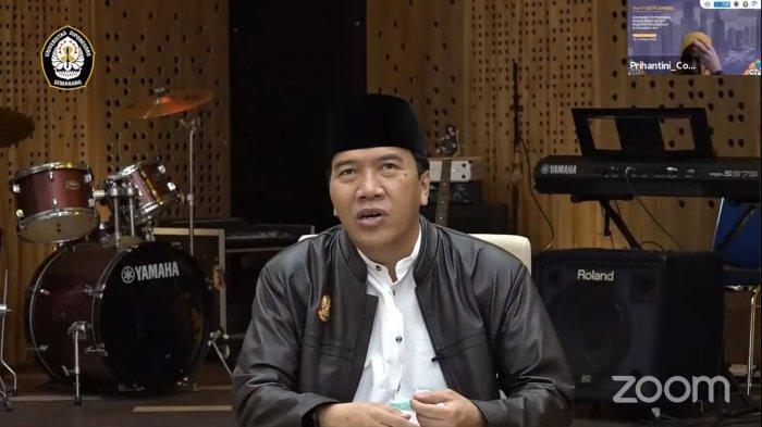 Undip Semarang Beri Beasiswa Anak Nelayan Berprestasi