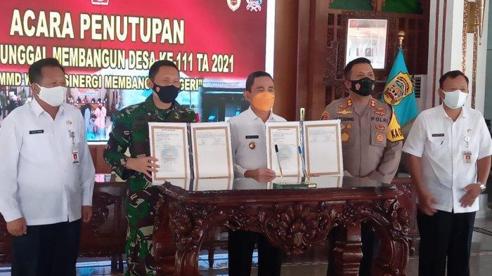 Bupati Pati Haryanto Tutup Kegiatan TMMD Reguler Ke-111