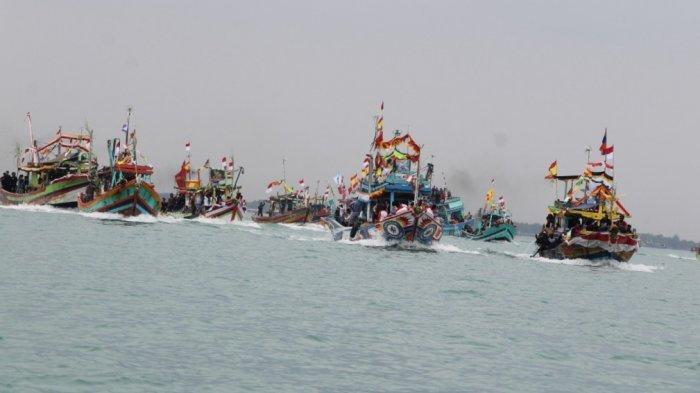 Sedekah Laut di Tegal Berlangsung Sederhana dengan Terapkan Prokes, 7 Kepala Kerbau Dilarung