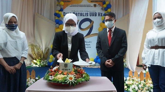 Peringatan Dies Natalis 19 Tahun Universitas Harapan Bangsa Purwokerto