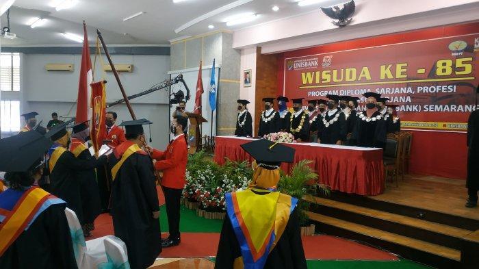 Unisbank Semarang Wisuda 365 Mahasiswa, Wirausahawan Muda Dapat Penghargaan