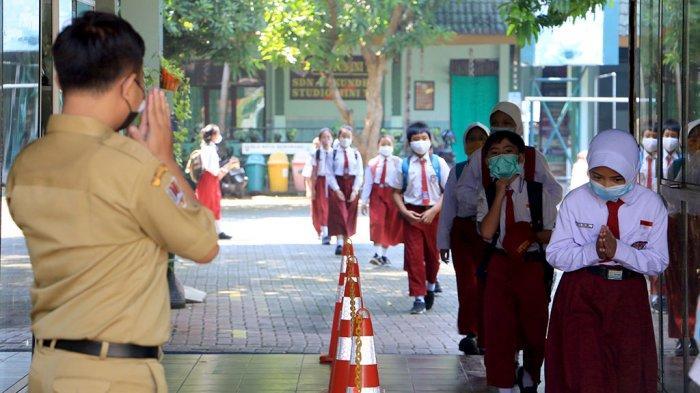 Guru dan Siswa di Kota Semarang Ketularan Covid-19, Hendi Pastikan Bukan Gegara PTM