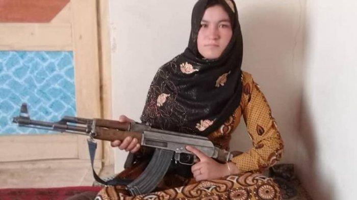 Orang Tua Dibunuh Taliban di Depannya, Gadis Ini Ambil AK-47 & Menembaki Mereka, Syok Selama 2 Hari
