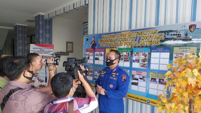 Ditpolairud Polda Jateng Gelar Rabu Sedekah, Bantu Nelayan Bandarharjo Semarang