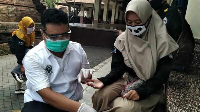 Delapan Orang Reaktif Corona Usai Rapid Test di Pasar Kliwon Kudus