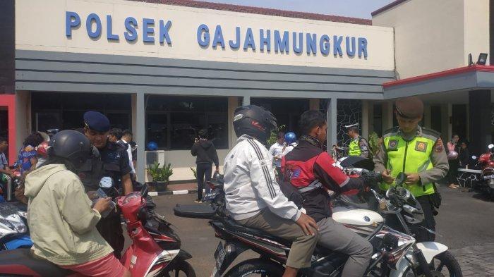 Ratusan Pengendara Motor Kena Operasi Zebra di Polsek Gajahmungkur Semarang