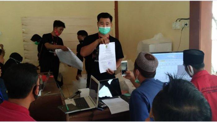 Rapat pleno rekapitulasi suara Pilkada Rembang tingkat Kecamatan serentak, Jumat (11/12/2020).
