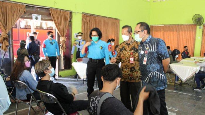 Universitas Ivet Semarang Gelar Vaksinasi Covid-19 untuk Masyarakat