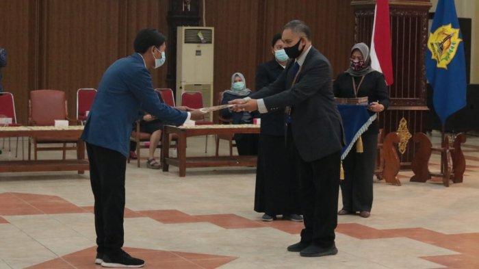 Rektor USM Lantik Pengurus Orma Tingkat Universitas dan Fakultas