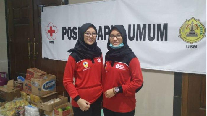 Potret srikandi-srikandi yang menjadi relawan posko dapur umum Universitas Semarang (USM).