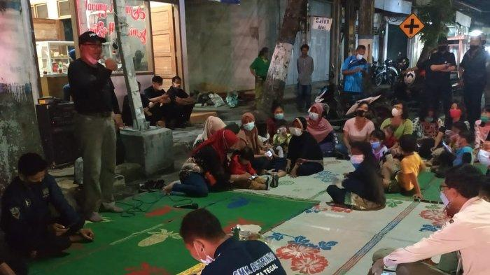 Paguyuban Pedagang Lesehan dan PKL Jalan Ahmad Yani Kota Tegal Syukuran di Tempat Relokasi