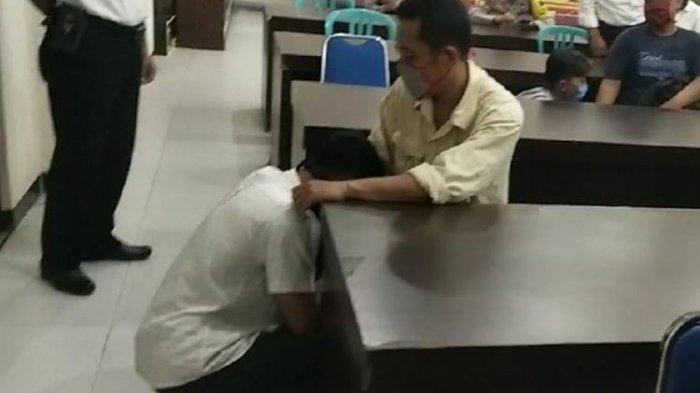 Para Pelajar Anarkis Demo UU Cipta Kerja di Kebumen Menangis Saat Dijemput Orangtua di Polres