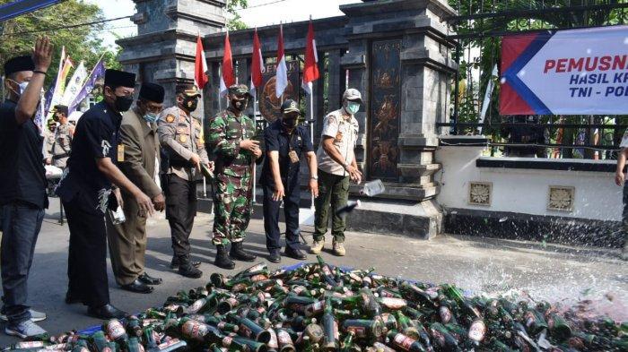 Menjelang Lebaran, 4.727 Miras di Demak Dimusnahkan