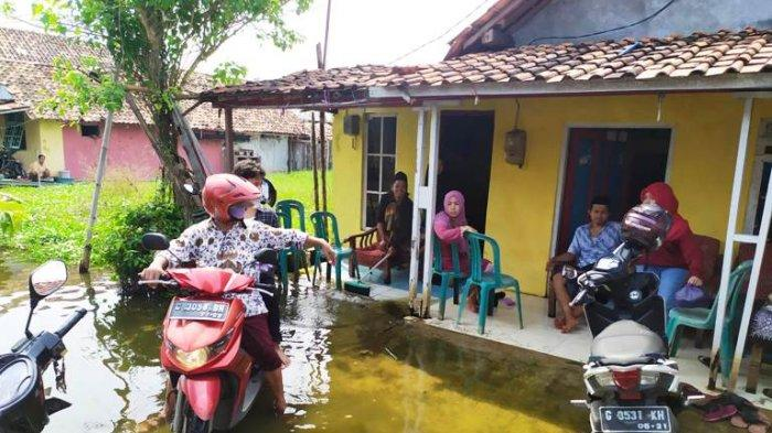 Sedih Banjir Rob Bikin Kerabat Enggan Silaturahim ke Rumah, Nok Yeti: Jajan di Kaleng Utuh
