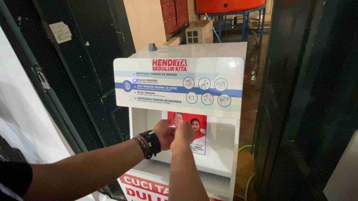 Kampanye Kreatif Pasangan Hendi-Ita Sediakan Mesin Robot Cuci Tangan di Kota Semarang
