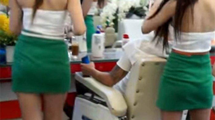 Ibu-ibu Resah Suaminya Pandangi Wanita Pakai Rok Mini Keluar Masuk Hotel Alona