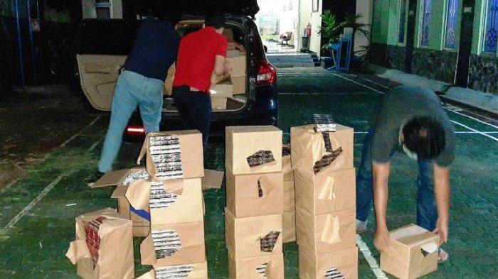 Sopir Kabur Tinggalkan 78.800 Batang Rokok Ilegal di Mobil, Ketahuan Petugas Bea Cukai Kudus