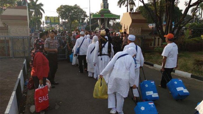 Polres Mengawal Kepulangan Jemaah Haji di Boyolali hingga Pendopo Jepara