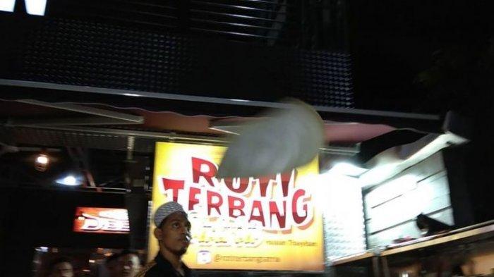 Kuliner Solo, Lagi Ngehit di Kota Bengawan, Seperti Apa Uniknya Roti Terbang Satria?