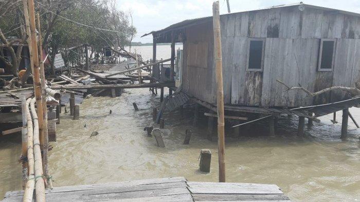 Rumah Rusak karena Gelombang Besar, Kades Bedono: Bantuan Kami Salurkan Hari Ini