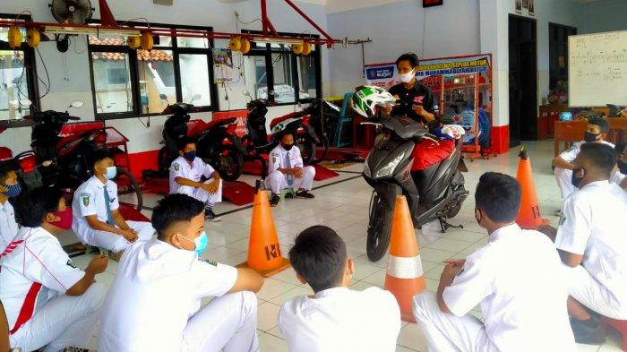 Ekstrakurikuler #Cari Aman Sekolah Binaan Honda