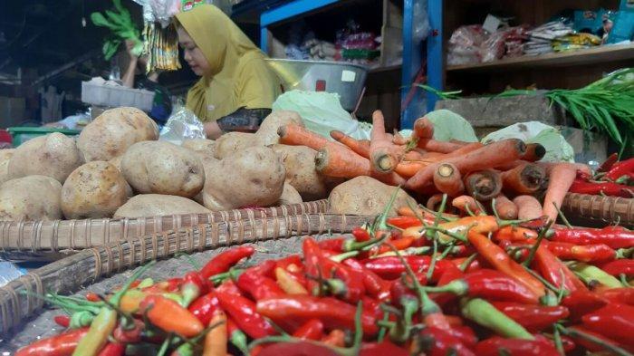 Harga Sayuran di Pasar Tradisional Kab.Tegal Kembali Stabil, Bawang Merah dan Cabai Rawit Hijau Naik