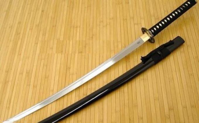 20 Orang Bawa Pedang Samurai Merampok Rumah Pengusaha H Udin Diduga Incar THR, 6 Orang Disekap