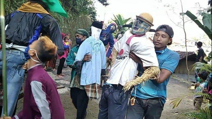 Sedekah Bumi dan Parade Pecing Jadi Daya Tarik Wisata Tematik Desa Bantarkulon Pekalongan