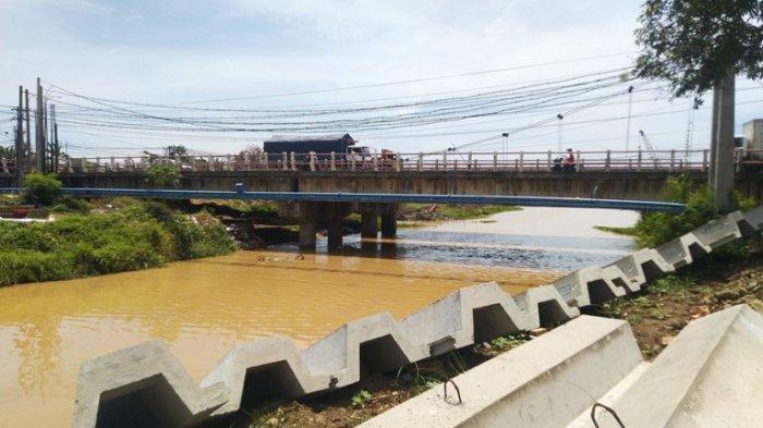 Dimanfaatkan Jadi Pengendali Banjir, Bendung Karet Sungai Blorong Kendal Ditarget Rampung Desember