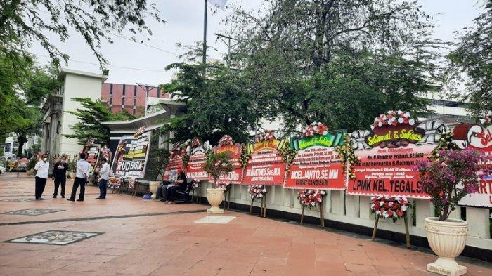 Kota Semarang Dipenuhi Karangan Bunga Jelang Pelantikan Wali Kota