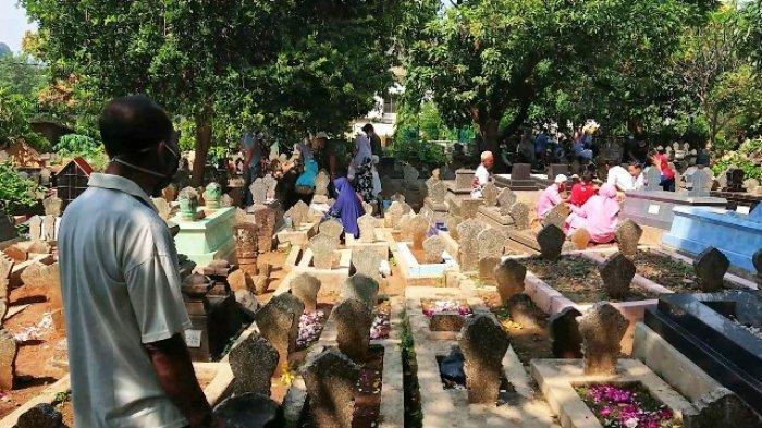 Kisah Perawat Makam di Bergota Semarang, Kerjaan Dipandang Remeh, Sehari Bisa Dapat Rp 300 Ribu