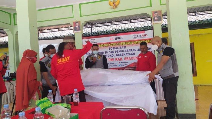Relawan Sibat Sragen Ikuti Pelatihan Pemulasaran Jenazah Covid-19 di Desa Pengkol