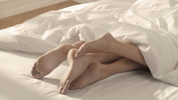 Pebinor Tewas Gara-gara Suara Ranjang Berdecit saat Tiduri Istri Orang