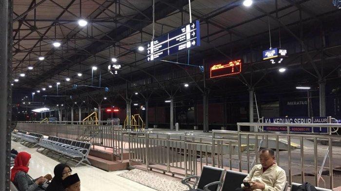 JadwalKeberangkatanKeretaApidari Dua Stasiun di Kota Semarang Hari Ini, Rabu Februari 2019