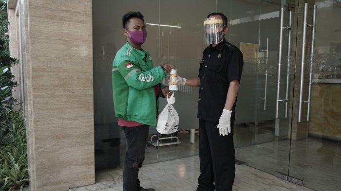 Tentrem Mall Semarang Support Merchandise untuk Driver Ojek Online