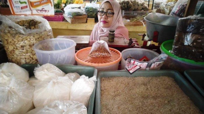 Memasuki 10 Hari Kedua Ramadan, Harga Beras dan Telur di Blora Turun