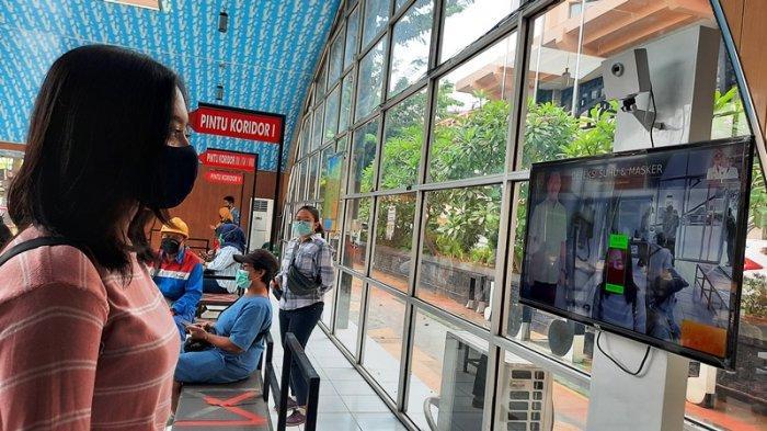 Hotline Semarang : Pak Tolong Tertibkan Pedagang Jualan Tak Sesuai Lokasi