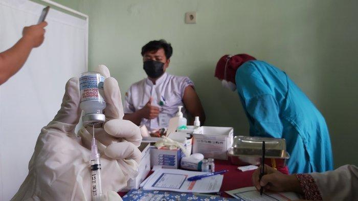 Malaysia Segera Suntik Vaksin Booster