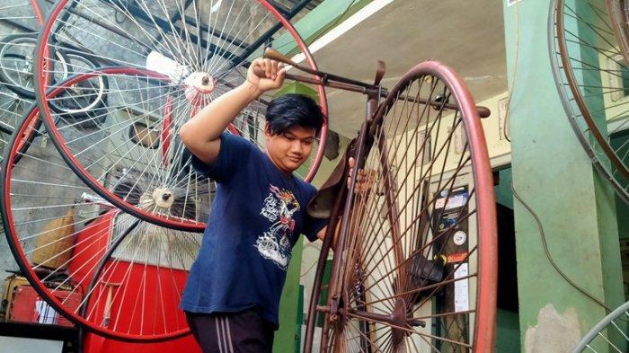 Sepeda Klasik Penny Farthing Kian Dilirik, Ardhyan Terima Pemesanan hingga Eropa