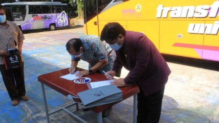 Unika Soegijapranata Semarang Tambah Satu Layanan Mahasiswa Berupa Bus yang Didesain Khusus