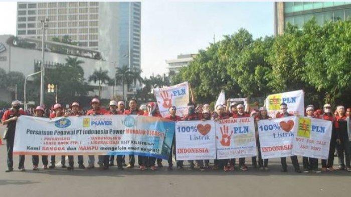 Peringatan Mayday, Buruh PT PLN Jateng & DIY Tolak Privatisasi Ketenagalistrikan di UU Cipta Kerja