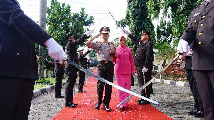 Pedang Pora Tandai AKBP Rachmat Nur Hidayat Sebagai Kapolres Boyolali yang Baru