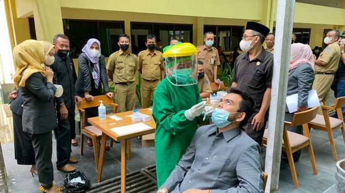 DPRD Kabupaten Tegal Lakukan Swab Antigen, Satu Reaktif