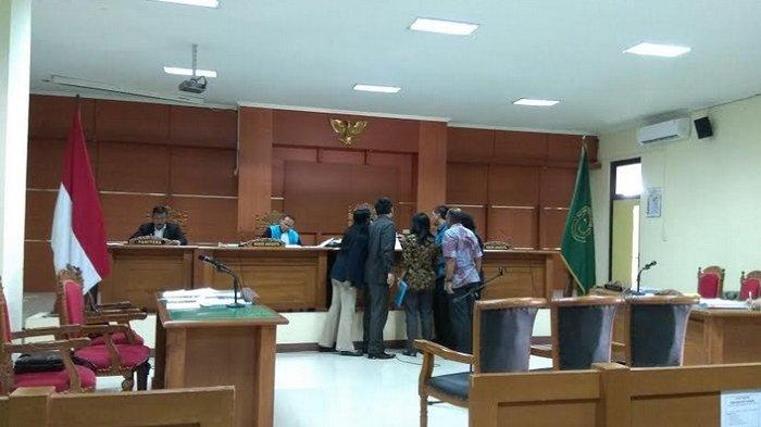 6 Saksi Tergugat SMAN 1 Semarang Dihadirkan di Persidangan