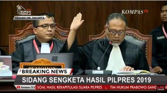 Hakim MK ke Bambang Widjojanto soal Perlindungan Saksi: Tidak Perlu Terlalu Didramatisasi