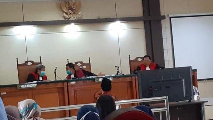 4 Mahasiswa dari 3 Universitas di Semarang Jalani Sidang Perdana Kasus Demo Ricuh