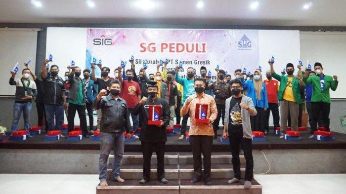 Foto bersama dalam rangkaian kegiatan Silaturrahmi PT Semen Gresik bersama OKP Kabupaten Rembang dan Blora