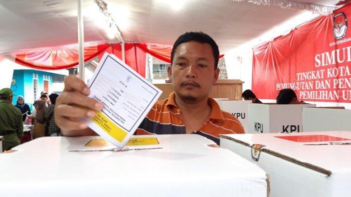 Ikut Simulasi Coblosan KPU Kota Semarang, Sulastri Paham Mekanisme Pemungutan Suara