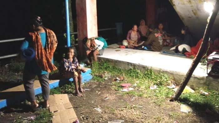 Air Laut Surut hingga Ada Kabar Tsunami, Warga Tulungagung Berbondong Ngungsi